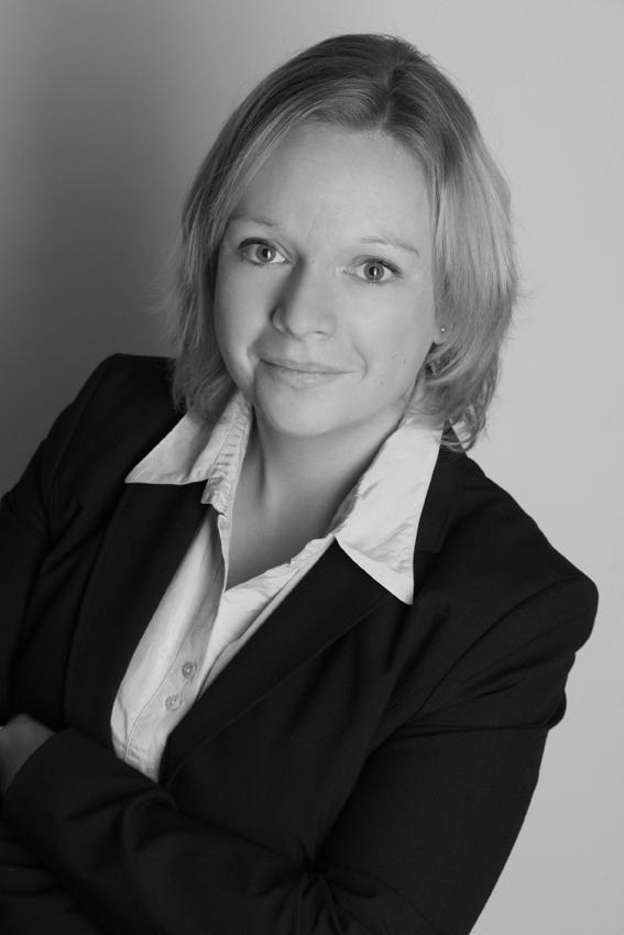 Frau Koch Bewerbungsfotos 2015 fotografiert von Fotostudio Witten - Kristina Bruns