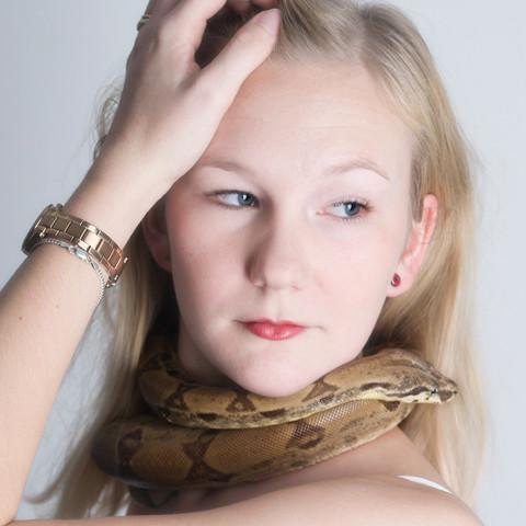 Schlangen Shooting SnakeDays mit Pixelsnake und Model Ricci fotografiert von Fotostudio Witten - Kristina Bruns